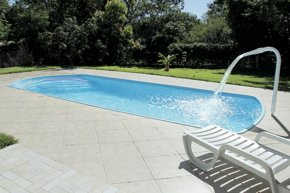 Piscinas de fibra bh mg piscina piscinas bh modelos for Piscinas modelos